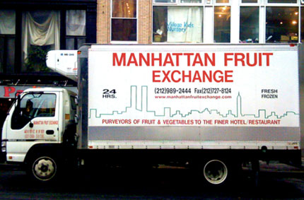 Manhattan fruit truck