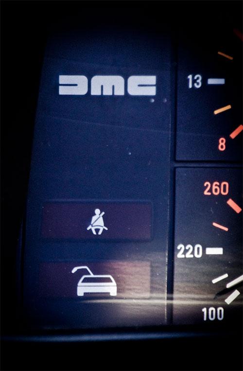 DeLorean panel