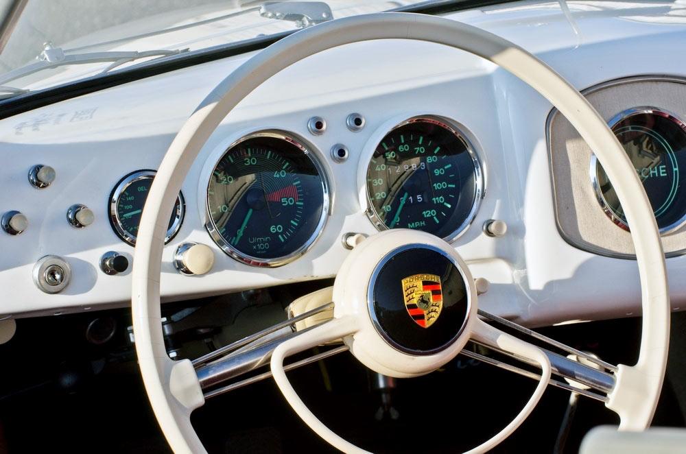 Porsche crest 356 steering wheel