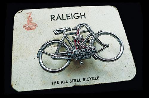 Raleigh badge logo