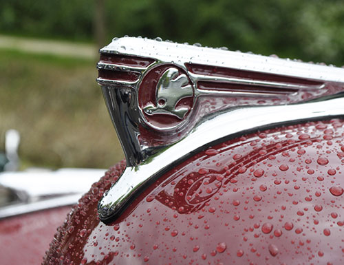 ŠKODA hood ornament