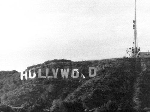Hollywood sign disrepair