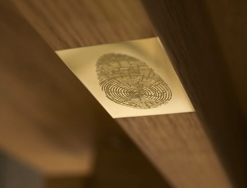 Henry Wood thumb print symbol