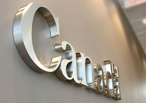 Canada logo signage