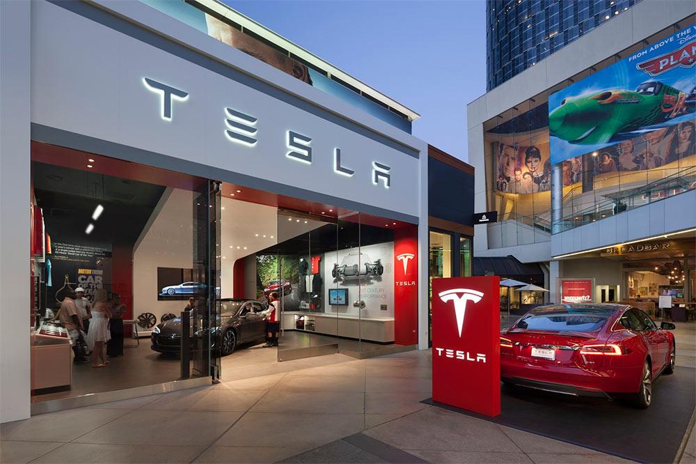 Tesla store LA