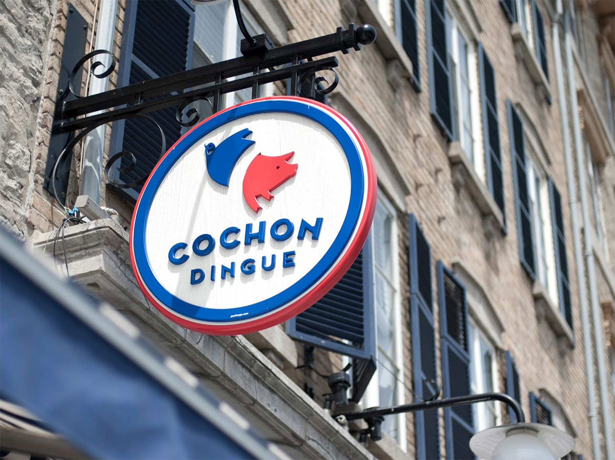 Cochon Dingue signage